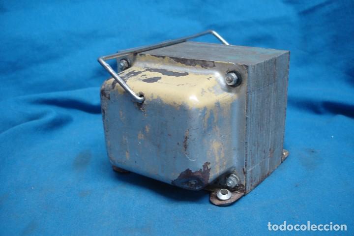 Radios antiguas: ANTIGUO AUTO-TRANSFORMADOR REVERSIBLE DE 220/125 VOLTIOS - Foto 3 - 167061512