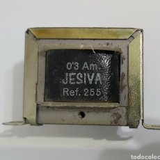 Radios antiguas: TEANSFORMADOR JESIVA-220VDA/SALIDA 6VDVA-0,3A. Lote 188414198