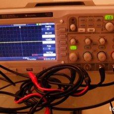 Rádios antigos: OSCILOSCOPIO RS PRO, ALMACENAMIENTO DIGITAL, 4 CANALES, 200MHZ, TFT LCD COLOR. Lote 196100551