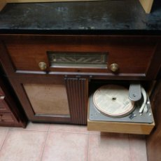 Radios antiguas: RADIO MUEBLE. Lote 207102368