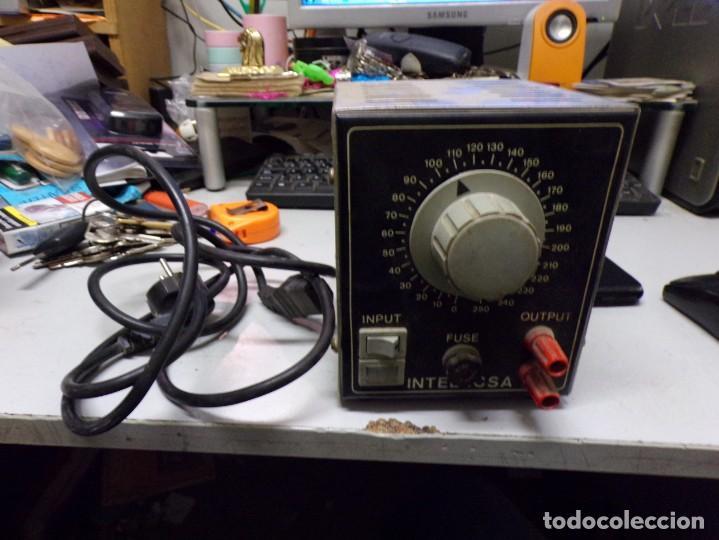 ANTIGUO TRANSFORMADOR LUZ INTELECSA PARA TODOS LOS VOLTAGES DE 220 LO PASA A DESDE 0 A 250 RADIO (Radios - Aparatos de Reparación y Comprobación de Radios)