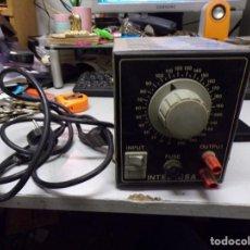 Radios antiguas: ANTIGUO TRANSFORMADOR LUZ INTELECSA PARA TODOS LOS VOLTAGES DE 220 LO PASA A DESDE 0 A 250 RADIO. Lote 210176231