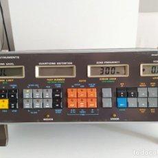 Radios antiguas: GENERADOR DE FRECUENCIAS PARA EQUIPOS ELECTRONICOS MARCONI INSTRUMENTS FUNCIONANDO. Lote 214035456