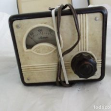 Radios antiguas: ANTIGUO ELEVADOR REDUCTOR DE VOLTAJE MARCA SEVEIN AÑOS 40/50. Lote 221383793