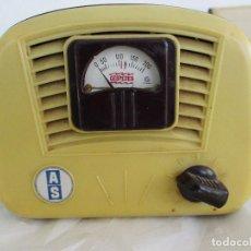 Radios antiguas: ELEVADOR REDUCTOR DE BAQUELITA PARA RADIOS DE VALVULAS CESPEDES - ART DECO -. Lote 221387217