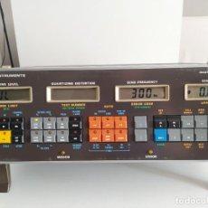 Radios antiguas: GENERADOR DE FRECUENCIAS PARA EQUIPOS ELECTRONICOS MARCONI INSTRUMENTS FUNCIONANDO. Lote 226339300