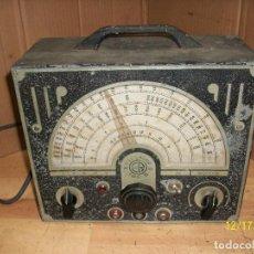 Radios antiguas: ANTIGUO OSCILADOR -GENERADOR DE SEÑALES-TIPO B-FUNCIONA. Lote 230614030