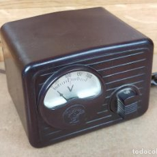 Radio antiche: APARATO ELEVADOR REDUCTOR CORRIENTE 125 220 EN BAQUELITA. Lote 235431175