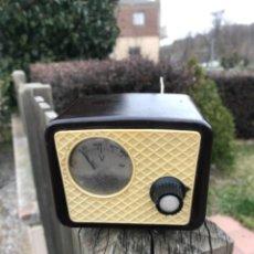 Radios antiguas: VOLTIMETRO. Lote 242391720