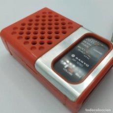 Radios antiguas: RADIO TRANSISTOR VINTAGE EXCELENTE OBJETO DE DISEÑO SANYO RP 1280 ,MADE IN JAPAN AÑOS 70-80. Lote 242823555