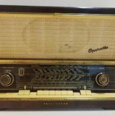 Radios antiguas: ANTIGUA RADIO TELEFUNKEN, OPERETTE 8 . FUNCIONANDO MUY BUEN SONIDO!! Y ESTADO!!!!!!!!!!!!. Lote 251358080