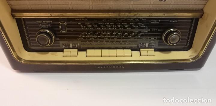 Radios antiguas: Antigua Radio Telefunken, Operette 8 . FUNCIONANDO MUY BUEN SONIDO!! y estado!!!!!!!!!!!! - Foto 2 - 251358080