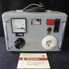 Radio antiche: TRANSFORMADOR DE AISLAMIENTO REGULABLE. TRANSFORMADOR SEPARADOR ENGEL. ALEMANIA. FUNCIONANDO. Lote 262891250