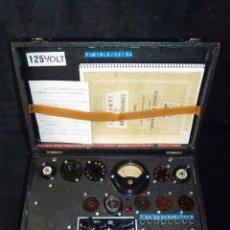 Radio antiche: COMPROBADOR DE VÁLVULAS DE VACIO MAYMO, MOD. CVM N1 MODIFICADO. BARCELONA, 1954. FUNCIONANDO. Lote 263266135