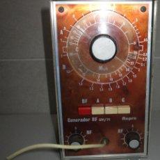 Radio antiche: GENERADOR DE SEÑALES DE RADIO RF GRF/21 REPRO. Lote 266167953