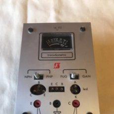 Rádios antigos: COMPROBADOR DE TRANSISTORES. Lote 278533018