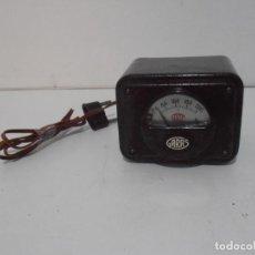 Rádios antigos: ANTIGUO APARATO REDUCTOR ELEVADOR TENSION GARAS VOLTIMETRO BAQUELITA. Lote 281060178