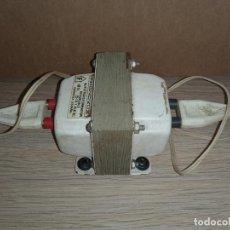 Radios antiguas: TRANSFORMADOR AUTOTRANSFORMADOR REVERSIBLE PHONOVOX 220 - 125. Lote 289800683
