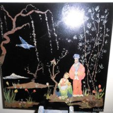 Arte: PINTURA ANTIGUA CHINA O JAPON SOBRE LOSETA CERAMICA O SIMILAR TEMA ORIENTAL. Lote 56580116