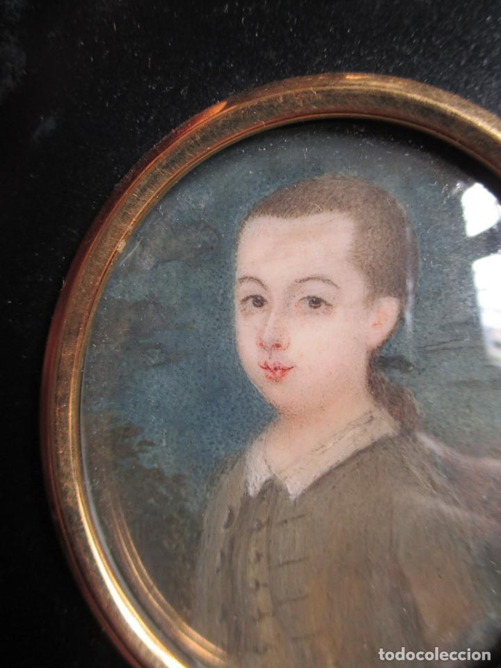 Arte: Acuarela sobre marfil, retrato en miniatura de niño XVIII. Escuela inglesa - Foto 2 - 75041555
