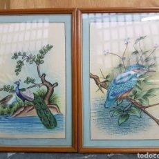 Arte: PAREJA DE ACUARELAS ORIENTALES, S.XIX SOBRE PAPEL DE SEDA, AVES, PAJAROS Y PAVO REAL. BUENA CALIDAD. Lote 132835295