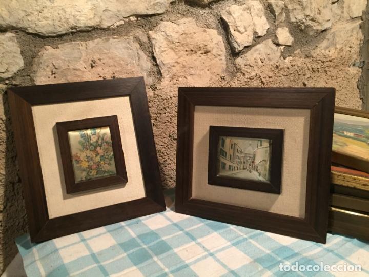 Arte: Antiguos 2 pequeños cuadro / cuadros paisaje pintado en trozo de tela de seda años 60-70 - Foto 2 - 182430888