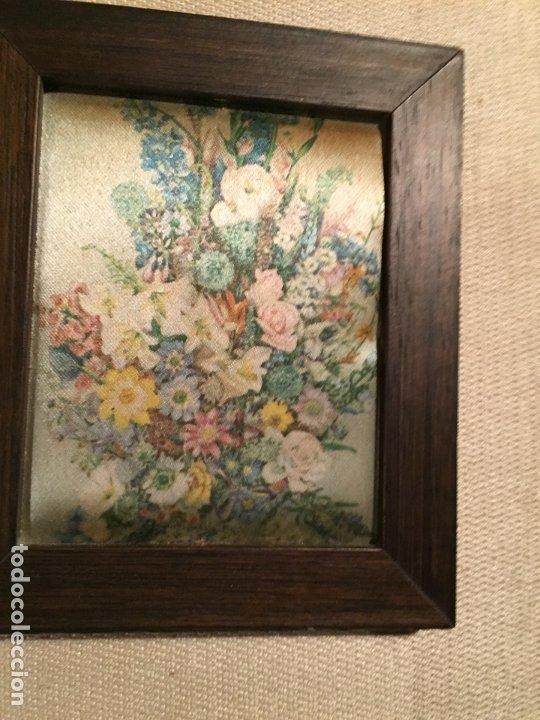 Arte: Antiguos 2 pequeños cuadro / cuadros paisaje pintado en trozo de tela de seda años 60-70 - Foto 5 - 182430888
