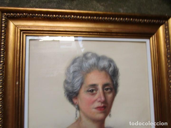 Arte: RETRATO GRAN DAMA, ACUARELA CARBONCILLO, MOLDURA DORADA MADERA Y VIDRIO 70X65CM + INFO - Foto 2 - 198368808