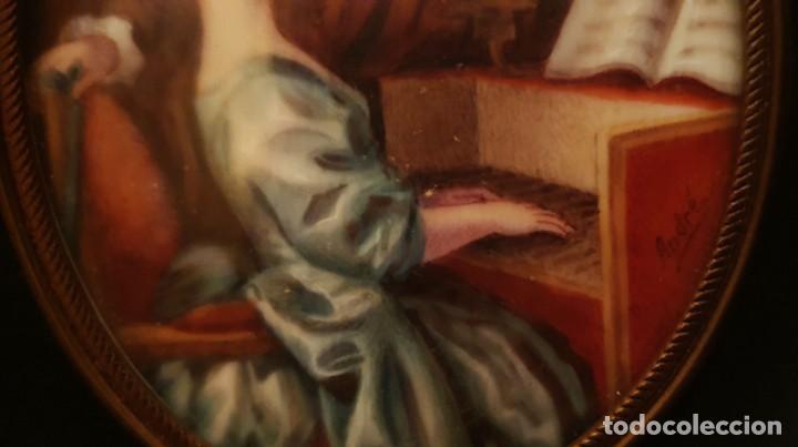 Arte: MINIATURA PINTADA - CLASE DE PIANO - SG XIX - FIRMADA. - Foto 5 - 210155741