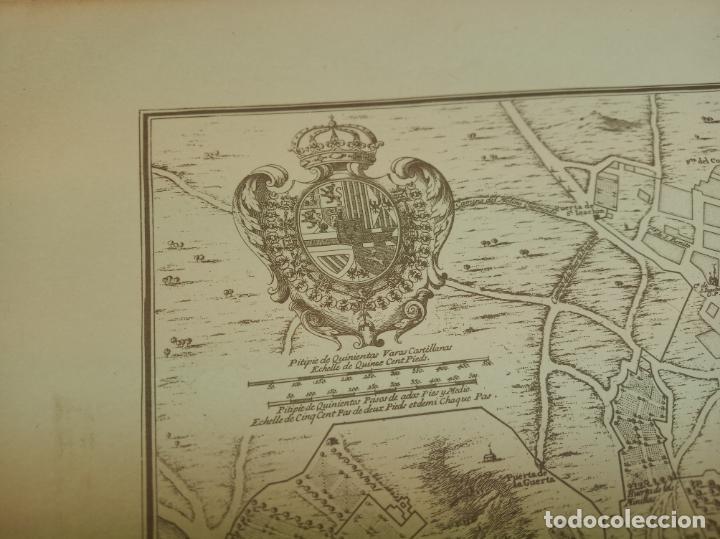 Arte: Plano de la villa de Madrid. P. Starckman Scrip.1706. 40 x 28. Bien conservado. - Foto 2 - 158122766