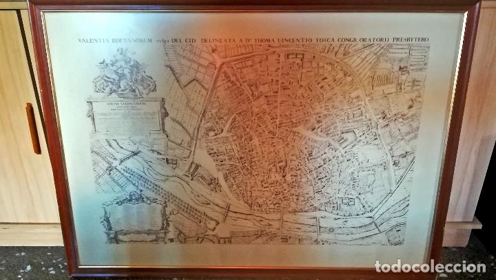 CUADRO CON GRABADO DE - ANTIGUA VALENTIA EDETANORUM DE TOMAS VICENTE TOSCA - IMPRESO EN 1972-110 X80 (Arte - Cartografía Antigua (hasta S. XIX))