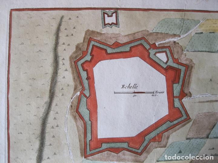 Arte: Mapa a color de la fortaleza de Puigcerdá en Gerona (Cataluña, España), 1693. Nicolás de Fer - Foto 6 - 214174701