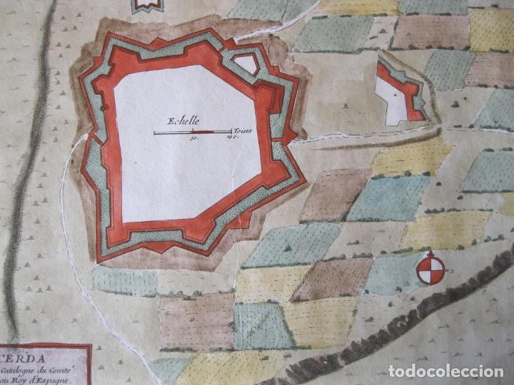 Arte: Mapa a color de la fortaleza de Puigcerdá en Gerona (Cataluña, España), 1693. Nicolás de Fer - Foto 7 - 214174701