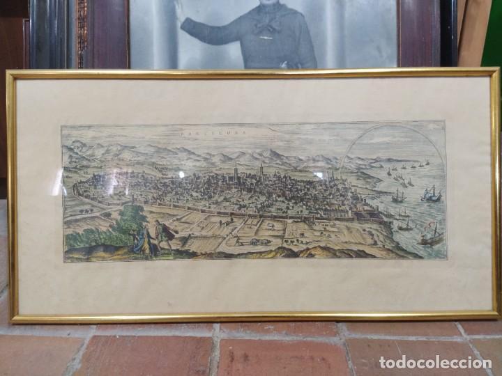 GRABADO COLOREADO DEL ASEDIO FRANCÉS A LA CIUDAD DE BARCELONA (Arte - Cartografía Antigua (hasta S. XIX))
