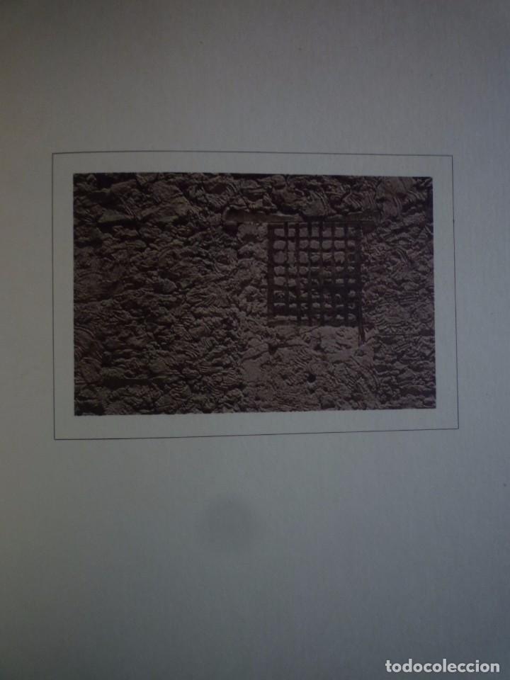 Arte: FERNANDO ZOBEL. FOTOLIBRO. FOTOGRAFÍA. MIS FOTOS DE CUENCA. MUSEO DE ARTE ABSTRACTO. 1975 - Foto 2 - 96950951