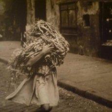 Arte: JOAN COLOM. FOTOGRAFIES DE BARCELONA, 1958-1964. MUSEO BARJOLA. GIJÓN. 2005. TEXTO: D. BALCELLS. . Lote 97194775