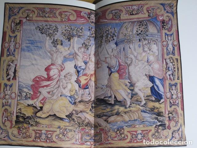 Arte: Patrimonio Nacional. Antic Reial Patrimoni. Tapissos, armes i arnesos. Llonja, Mallorca, 1990 - Foto 4 - 131187124
