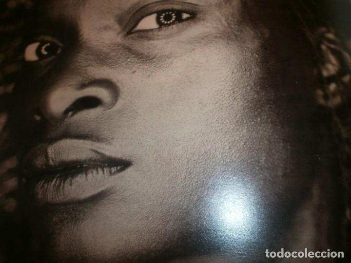 Arte: International Photo Magazine nomber one 2006 Ivory Press London 3 idiomas 256 pg. 34X23 cm. - Foto 2 - 194197470