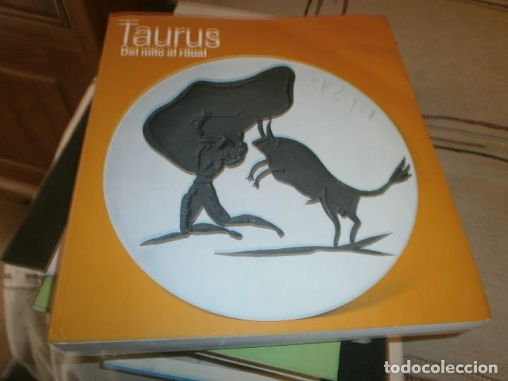 TAURUS DEL MITO AL RITUAL MUSEO BELLAS ARTES DE BILBAO 2010 MEDIDA 27 X 25 X 3,5 CM. 400 PG. (Arte - Catálogos)