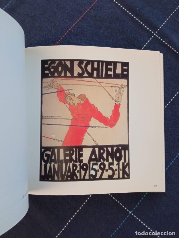 Arte: Catálogo EGON SCHIELE. En Cuerpo y Alma. Fundación Juan March 2005. - Foto 10 - 241943950