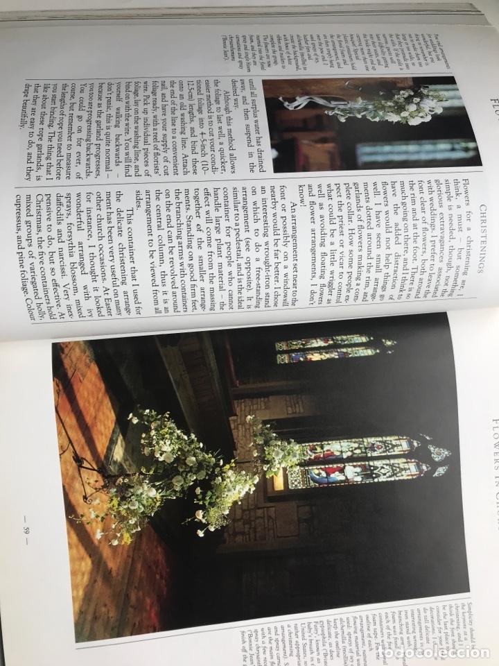 Arte: Envío 8€. Libro FLOWER ARRANGERS BIBLE por Derek Bridges, mide 28x21,5cm con144pag mas portadas - Foto 4 - 253416780