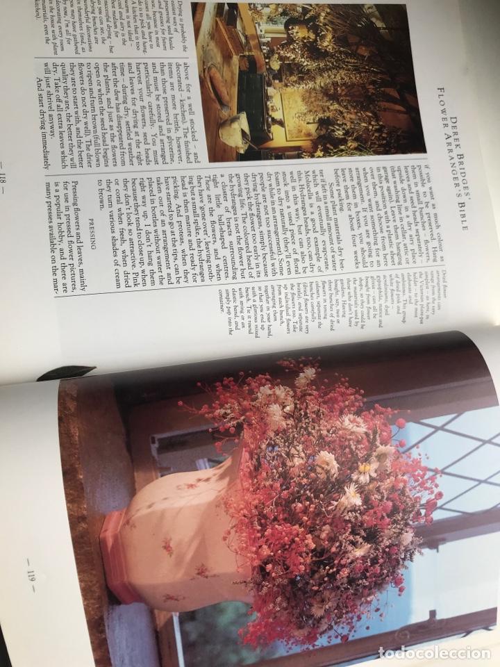 Arte: Envío 8€. Libro FLOWER ARRANGERS BIBLE por Derek Bridges, mide 28x21,5cm con144pag mas portadas - Foto 7 - 253416780