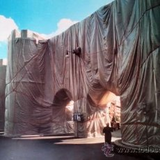 Arte: CHRISTO (1935-).THE WALL WRAPPED ROMAN-WALL. ROMA.1974.. Lote 32242332