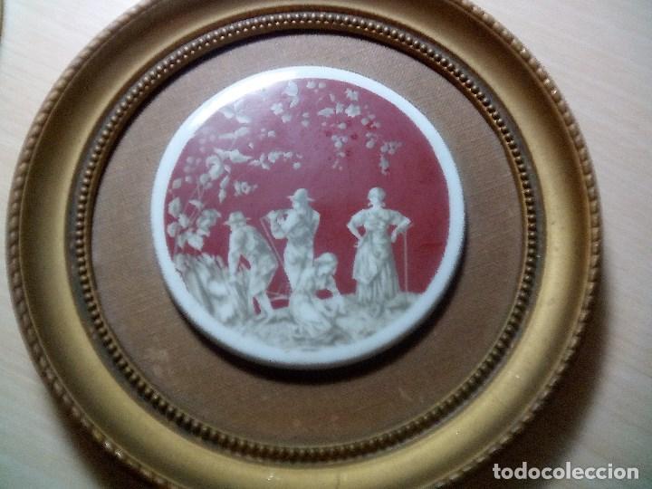 Arte: Pareja de Cromolitografias en Porcelana con marco. - Foto 2 - 115772983