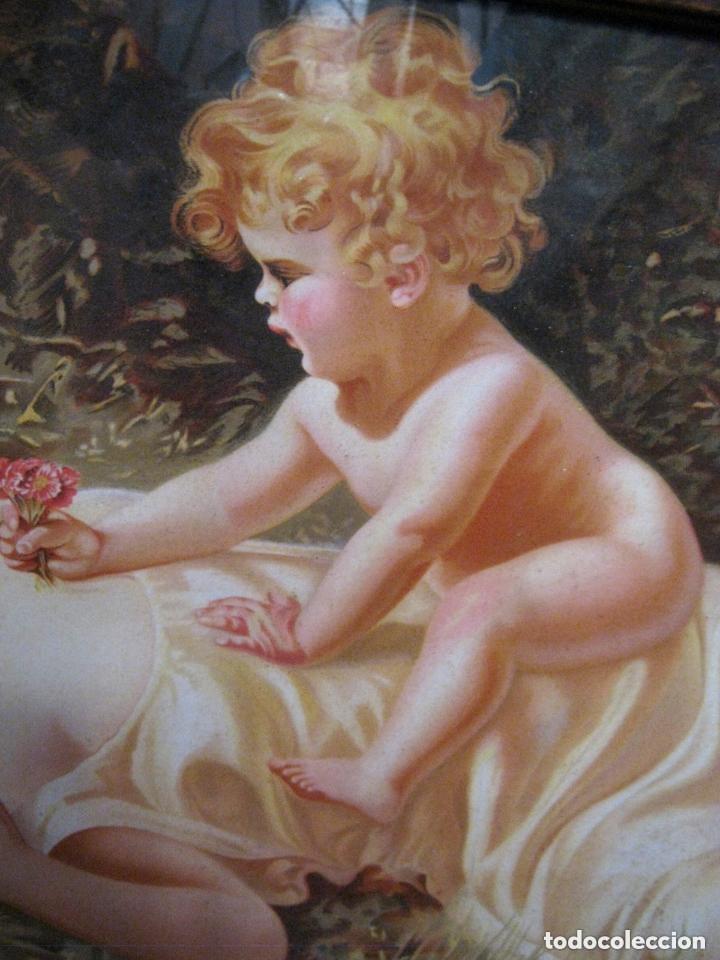 Arte: 88 CM . MATERNIDAD 1900/20 . CROMO LITO MODERNISTA ORIGINAL CON BELLO MARCO SIMIL CAREY - Foto 4 - 176865247