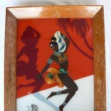 Arte: PINTURA MOTIVO NEGRA AFRICANA PINTADA SOBRE CRISTAL.MARCO DE MADERA.29X35CM.AÑOS 50.. Lote 144960614