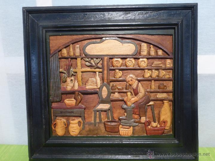FABULOSO CUADRO TALLADO EN RELIEVE SOBRE TABLA DE MADERA Y POLICROMADO - DIBUJO ESTILO CAUCÁSICO (Arte - Dibujos - Modernos siglo XIX)