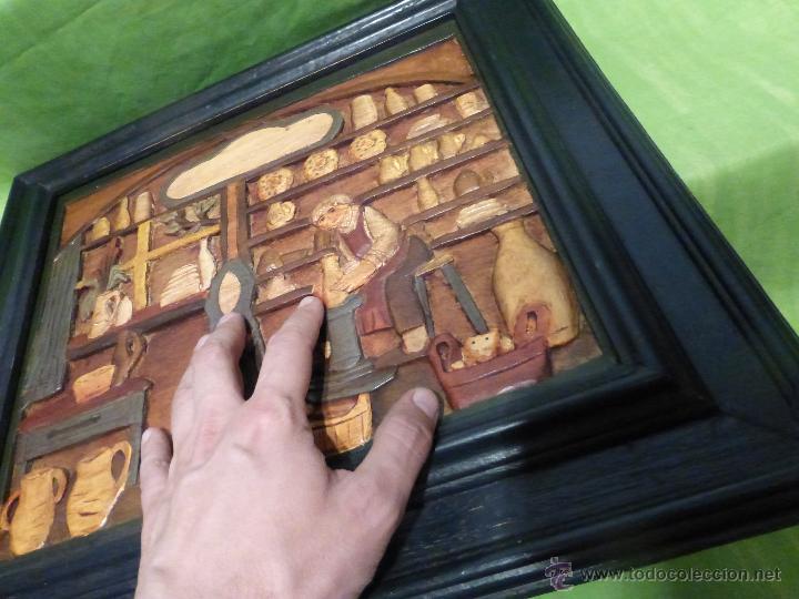 Arte: FABULOSO CUADRO TALLADO EN RELIEVE SOBRE TABLA DE MADERA Y POLICROMADO - DIBUJO ESTILO CAUCÁSICO - Foto 4 - 49377918