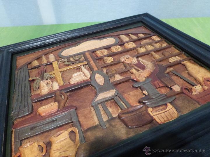 Arte: FABULOSO CUADRO TALLADO EN RELIEVE SOBRE TABLA DE MADERA Y POLICROMADO - DIBUJO ESTILO CAUCÁSICO - Foto 8 - 49377918