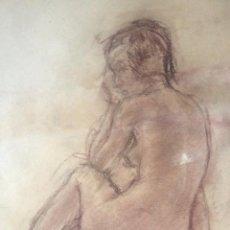 Arte: PINTURA DIBUJO A LA SANGUINA, DESNUDO MUJER, FIRMADO, AÑO 1970, ENMARCADO. Lote 50754788
